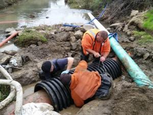 Pipe repair crossing at Ledgewood Creek